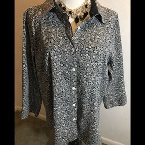 Christopher and Banks Button-Up Top, size XL
